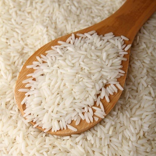 موية الرز للشعر