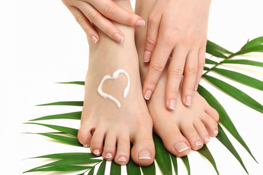 علاج انتفاخ القدمين بسبب الاملاح