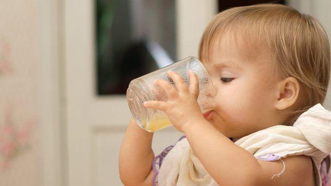 شرب فيتامين سي الفوار للأطفال