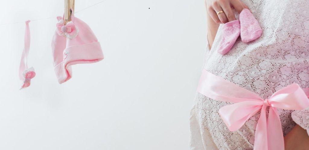 أعراض الحمل في الشهر الثامن ببنت